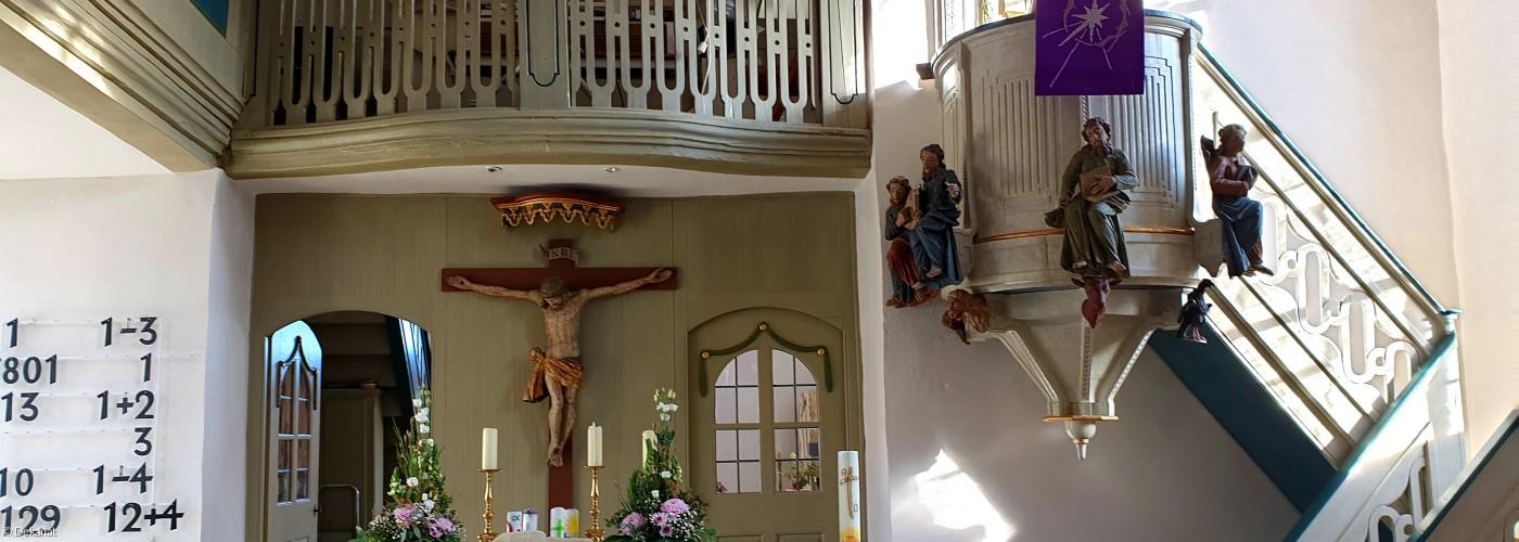 Kirche Neuses